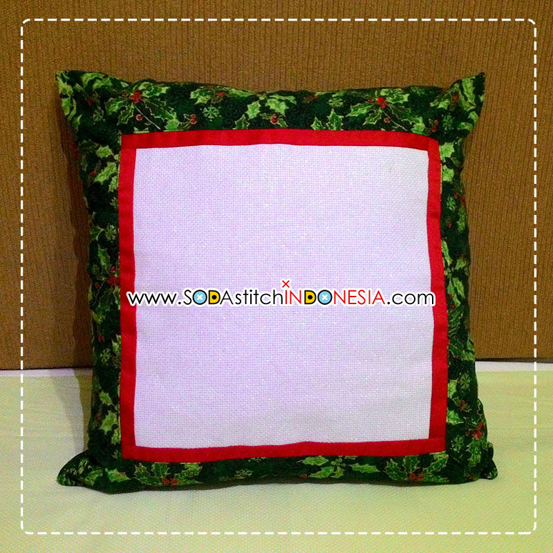 Sodastitch Indonesia CUS-40-05 - Small Christmas Holy Cushion